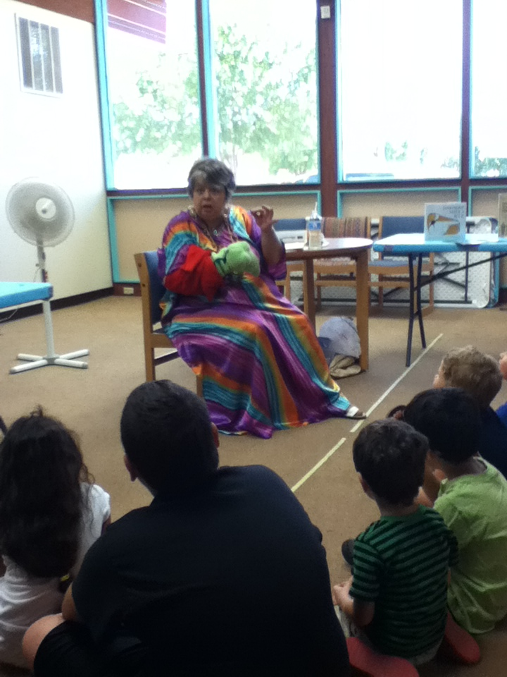 Susi Wolf, Storyteller at the Artesia, NM Library